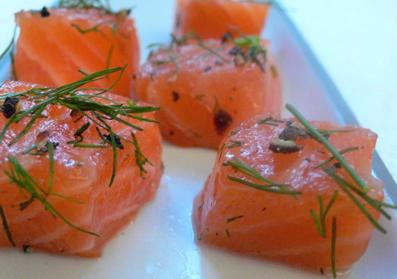 traiteur plats cuisinés : truite marinée façon Gravlax. Poissonnerie Albi