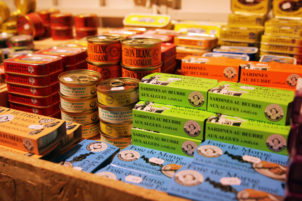 Epicerie- sardines, maqeureaux à l'huile La Quiberonnaise